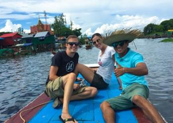 Floating vIllage, Fishing village, Tonle Sap lake is the biggest fresh water lake of South-East Asia, Tour, Siem Reap, Cambodia.